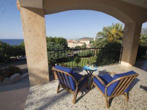 Terrasse des Stella Mare mit Blick auf Algajola